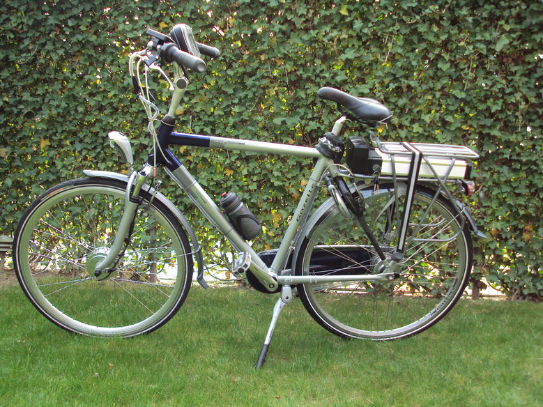 Gazelle Chamonix city Lite line met standaard Rollerbrake ombouwset en LCD display i.p.v LED display.