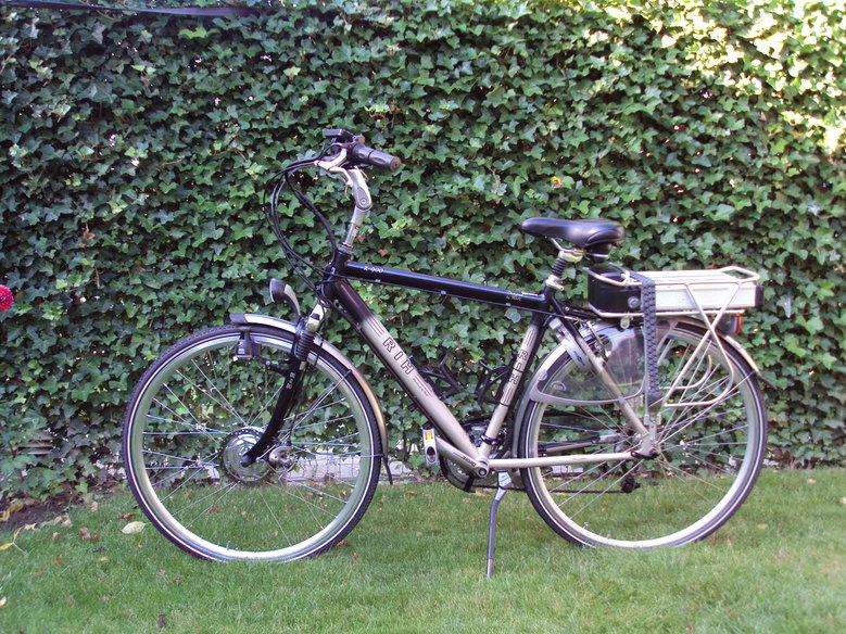 RIH Z900 omgebouwd naar elektrische fiets met ombouwset elektrische fiets Luxe Disc-brake ombouwset.